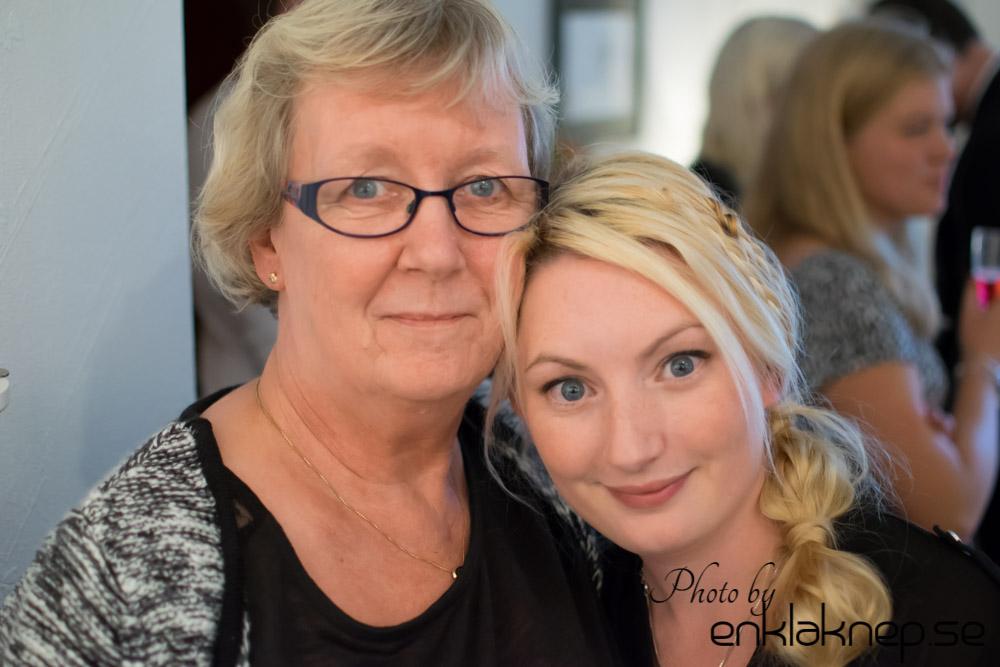 Johanna och farmor selfie