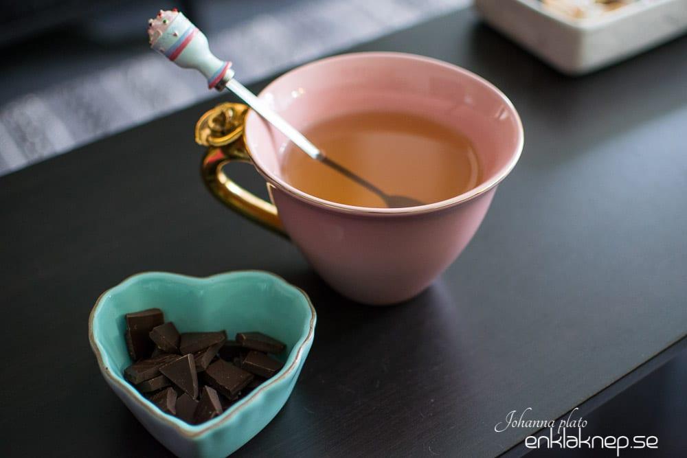mysterium löst med en kopp te